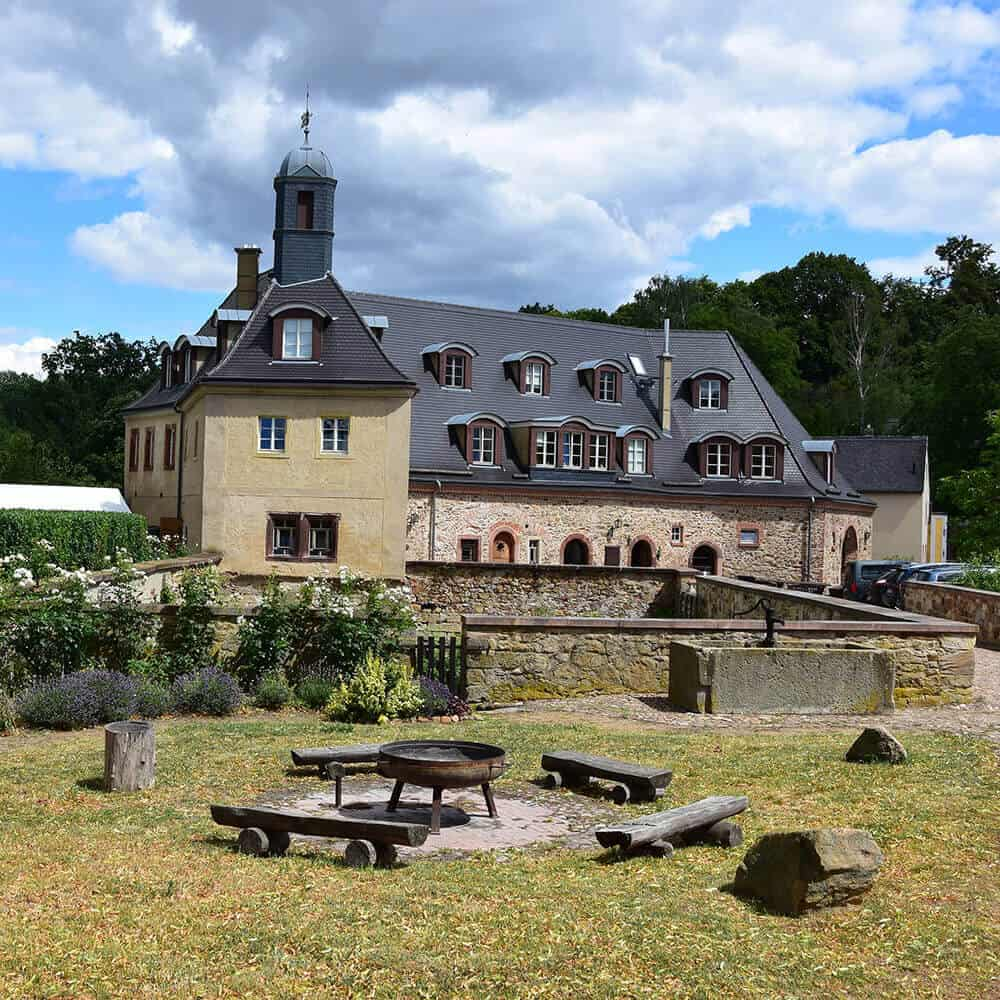 Schlosshof Döben